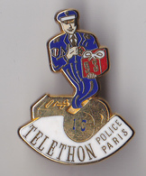 PIN'S  PIN'S ... BALLARD ... DORE OR FIN ... TELETHON POLICE PARIS 13 EME ARRDT... 1993 - Police