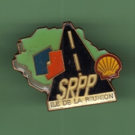 SHELL - ELF SRPP *** ILE DE LA REUNION *** A024 - Fuels