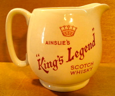 BROC PICHET AINSLIE'S KING'S LEGENG SCOTCH WHISKY / MADE IN ENGLAND - Carafes