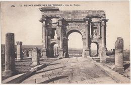 Ruines Romaines De Timgad - Arc De Trojan - Algerije