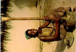 Afrique - Sourire D'Afrique - Femme - Coutume - - Postcards