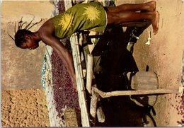 Afrique - Séchage Du Café - Travaux D'Afrique  - Femme - Coutume - - Postcards