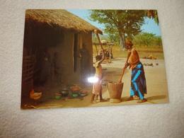 AFRIQUE EN COULEURS ...PREPARATION DU REPAS. - Postcards
