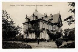 SEINE-INFERIEURE / Environs  D' YERVILLE / SAINT-MARTIN-aux-ARBRES / LE  PAVILLON  ( Chasseur Avec Son Chien De Chasse ) - Yerville