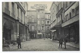 CPA 30 Gard Sommières Place Des Arceaux Ou Place Jean Jaurès Près De Gallargues Le Montueux Salinelles Calvisson Aubais - Sommières