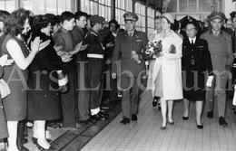 Postcard / ROYALTY / Belgique / België / Reine Fabiola / Koningin Fabiola / à L'hôpital Militaire / Bruxelles / 1967 - Santé, Hôpitaux