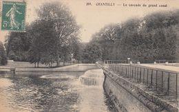 Cp , 60 , CHANTILLY , La Cascade Du Grand Canal - Chantilly