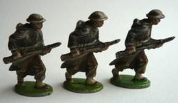 LOT FIGURINE QUIRALU  RARE 3 FIGURINES SOLDATS ANGLAIS FUSIL A LA HANCHE TABOR GOUMIER - ALUMINIUM SOLDAT - Quiralu