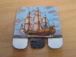 PLAQUETTE METALLIQUE ANNEES 60 HUILOR SAMO CREMOLIVE LE CHAT / 1637 SOVEREIGN OF THE SEAS7 - Other