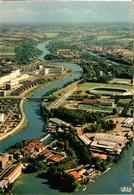 31 - TOULOUSE - VUE AÉRIENNE - LES USINES, STADIUM ET PISCINE - Toulouse
