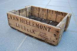 LUBBEEK. BRASSERIE VAN HELLEMONT. ANCIEN CASIER - Lubbeek