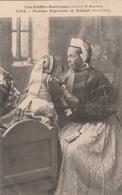 Femme Bigouden Et Enfant De Pont-Labbé 1907 - Collection Hamonic - Costume Bretagne - !!! Carte Molle - Pont L'Abbe