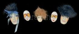 Kézzel Festett Mini Maszk Kit?z?k, Mázas Kerámia,  3 Db-on M?sz?rme Parókával, Jelzés Nélkül, összesen: 5 Db,  H: 4-7 Cm - Ceramics & Pottery