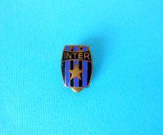 FC INTER ( Internazionale Milano ) - Italy Football Soccer Club Old Enamel Buttonhole Pin Badge Fussball Calcio Italia - Football