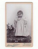 CDV Photo Deutschland Um 1900: Bezauberndes Kleines Kind Mit Kette - Fotograf: Arthur Müller, Wurzen - Photographs