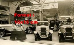 Reproduction D'une Photographie Ancienne D'un Salon De L'automobile En 1929 - Reproductions