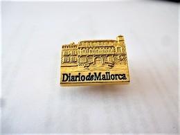 PINS PALMA DE MAJORQUE DIARIO DE MALLORCA  ESPAGNE / 33NAT - Mail Services