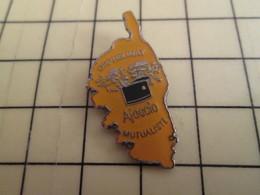 Pin410c Pin's Pins / Rare Et De Belle Qualité / CORSE POLICE ORPHELINAT MUTUALISTE AJACCIO - Police