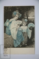 Original Illustrated Postcard Women & Little Girl In Kimono With Fans  - Early 20th Century - Blue Tones - 1900-1949