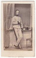 289 ] Photo CDV Format - Militärfoto ± 1870  K.u.k. Österreich Soldat Uniform - Fotograf: Unbekannt - Krieg, Militär