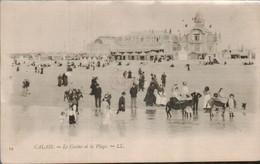 Calais Le Casino Et La Plage - Calais