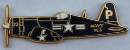 AVION NOIR VC3 - HELICE - BLACK PLANE - US NAVY - USA  - FLUGZEUG SCHWARZ -    (ROSE) - Airplanes