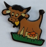 VACHE BRUNE - CLOCHE - CORNES - COW - KUH  -    (ROSE) - Animals
