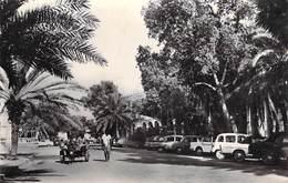 Afrique DJIBOUTI Le Centre (auto Voiture)(Cpsm Photo - Editions ABEILLE 68 ) *PRIX FIXE - Djibouti
