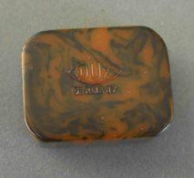 DUX Germany; Bakelite, 1930/40. Temperamatite, Pencil-Sharpener, Taille Crayon, Anspitzer. - Altre Collezioni