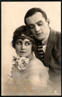 B3451 - Hübsche Junge Frau Und Mann - Mode Frisur - Heiße Liebe - Photographie