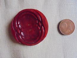 Vintage - Gros Bouton En Bakélite Rouge - Buttons