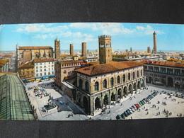 1964    VERY SMALL POSTCARD  OF BOLOGNA ...PIAZZA  MAGGIORE.... PICCOLA CARTOLINA  VIAGGIATA..... - Bologna