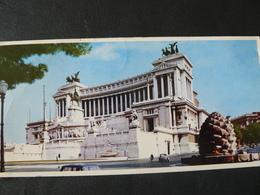 1971  VERY SMALL POSTCARD OF ROME ..//...PICCOLA CARTOLINA DI ROMA....VIAGGIATA - Altare Della Patria