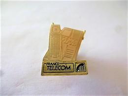 PINS FRANCE TELECOM ARIA Téléphone / 33NAT - France Telecom