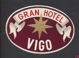 étiquette Valise  -  Grand  Hôtel    à  Vigo    Espagne - Hotel Labels