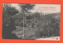 ET/176 FERMANVILLE VALLEE DES MOULINS LE VIADUC N° 4033 NORMANDIE PITTORESQUE / Timbre Poste écrite - Otros Municipios