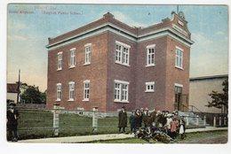 JOLIETTE, Quebec, Canada. Students In Front Of English Public School, Pre-1920 Postcard - Quebec