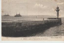 CPA - BREST - JETÉE ET PHARE DU PORT DE COMMERCE - ARTAUD ET NOZAIS - 18 - BATEAUX - Brest