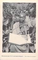 MISSIONS Des P.P Du SAINT-ESPRIT Une Heure De Musique  (violon Religion)- ( Editions J.BIENAIME) - Missions