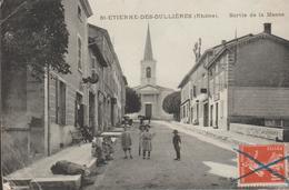St Etienne Des Oullières - Sortie De La Messe - Sonstige Gemeinden