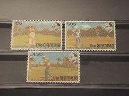 GAMBIA - 1976 SPORT GOLF 3 VALORI - NUOVI(++) - Gambia (1965-...)