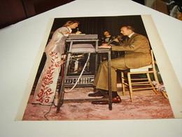 ANCIENNE PHOTO DE PARIS MATCH CLAUDE FRANCOIS ET VGE  1976 - Photographs