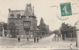 18 / 4 / 507    BETHUNE  ( 62 )  Place De  La  République  &  Bd.  Victor  Hugo - Bethune