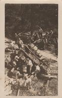 Soldats Chargeant Du Bois Dans Remorque 1917 - Carte Photo - Remorque - Vosges ?? - Guerre 1914-18