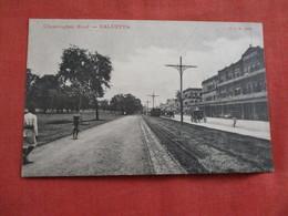 Chowringhee Road Calcutta  India---ref 2938 - India
