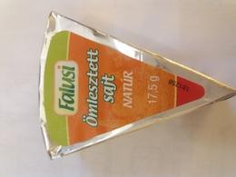 Cheese Queso Kase Label Etikette Etiqueta Hungary Falusi Natur Nature - Quesos