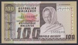 Madagascar 100 Francs (ND 1974) UNC - Madagascar