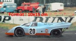 Reproduction D'une Photographie De Porsche 917K Gulf Aux 24 Heures Du Mans De 1970 - Reproductions