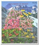 Bhutan 2000, Postfris MNH, Flowers - Bhután
