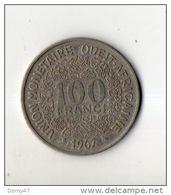 AFRIQUE . 100 FRANCS - 1971, 1967 & 1971 . UNION MONÉTAIRE OUEST-AFRICAINE . 3 PIÈCES DE MONNAIES - Réf. N°46B - - Monnaies